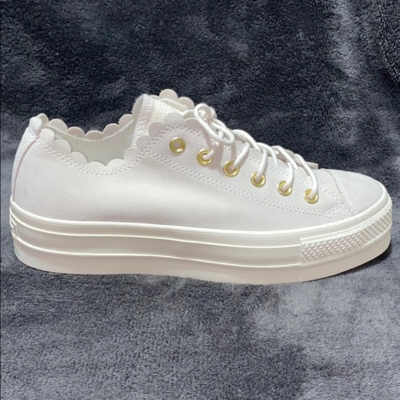 Converse Shoes | New Scalloped Gray